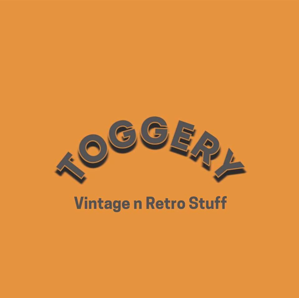Toggery Vintage n Retro Stuff - Maz Weller Vintage Seller